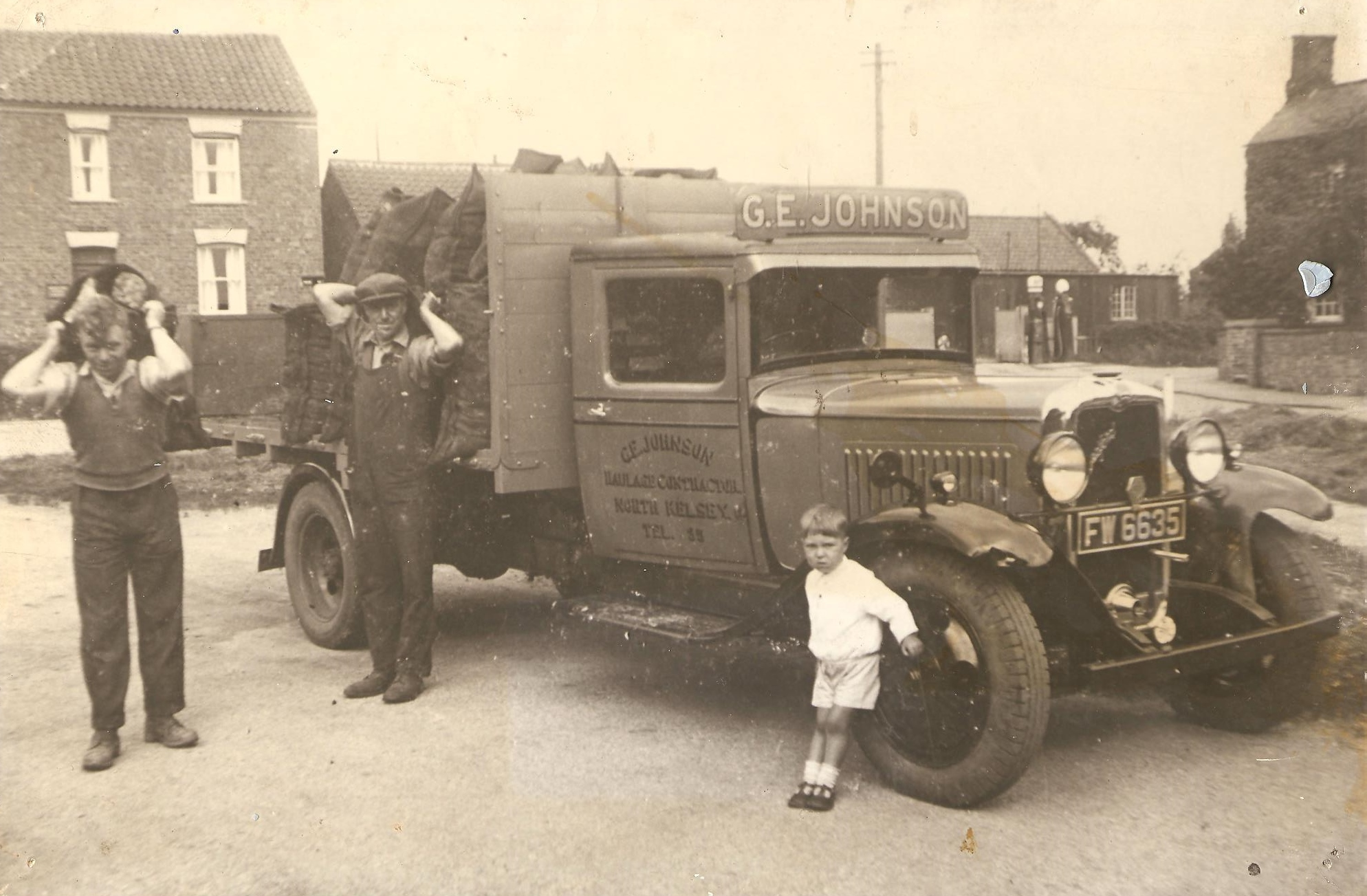 From left to right: George Johnson, Arthur Johnson and Cliff Johnson (aged 5) in 1935